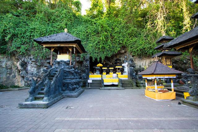 Tempio Goa Lawah-Bali