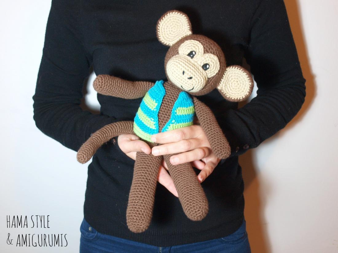 Marta Ruso Crochet Creativo: Mono con chaleco - Amigurumi [PATRÓN ...
