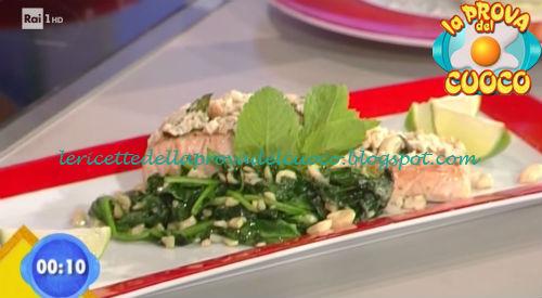 Salmone al lime in crosta di anacardi ricetta Marsetti da Prova del Cuoco
