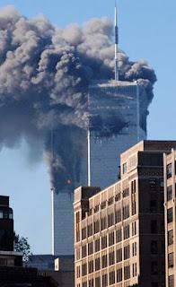 Trump faz minuto de silêncio por vítimas do 11 de setembro de 2001.