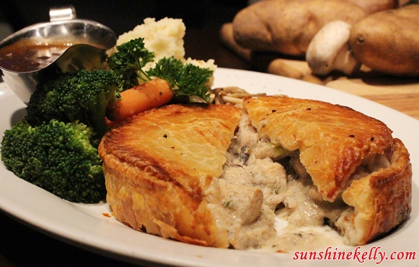 Chicken Mushroom Pie, White Horse Tavern Ampang, White Horse Tavern, Bar & Restaurant, Amp Walk Mall