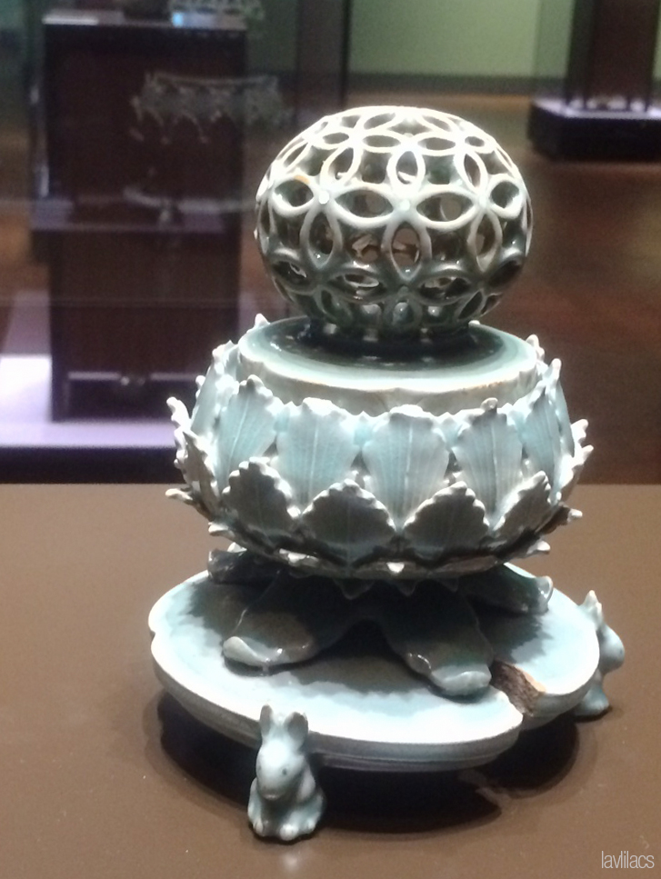 Seoul, Korea - Summer Study Abroad 2014 - National Museum of Korea 국립중앙박물관 incense burner