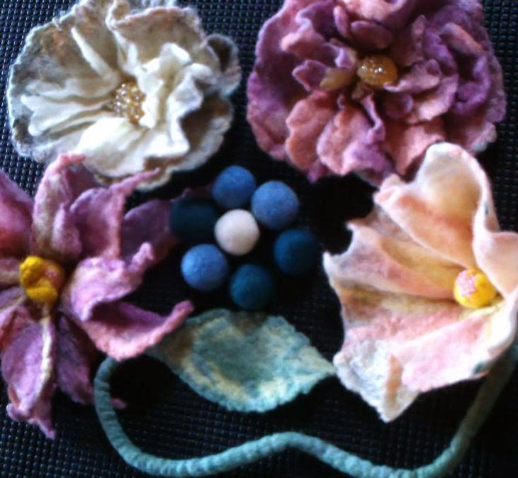 conjunto de flores feltradas