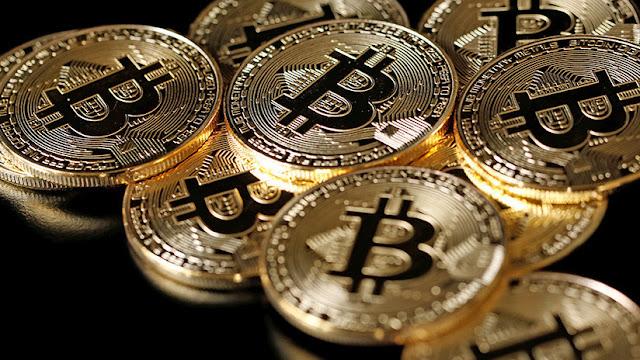 """Un analista financiero revela cuándo """"estallará"""" la burbuja del bitcóin"""