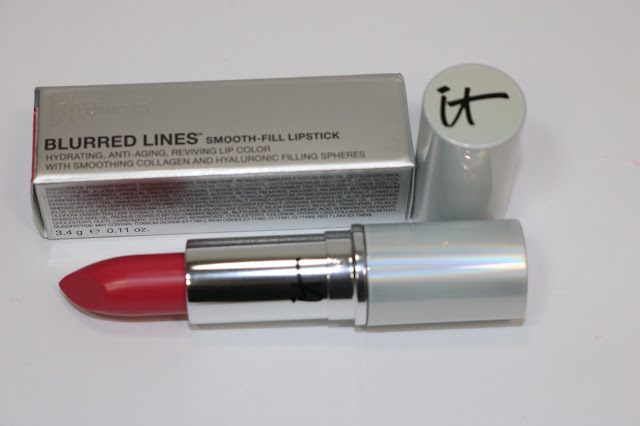 IT Cosmetics Blurred Lines Smooth-Fill Lipstick in je ne se quois