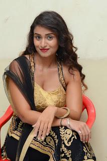 Actress Kiran Chetwani sizzling 027.jpg