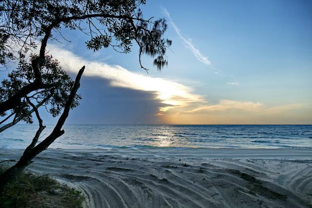 Sonnenuntergang Strand Wolken Wetter Camp