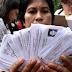 Simpatisan Ahok Serahkan Ratusan KTP ke Pengadilan Tinggi Jakarta