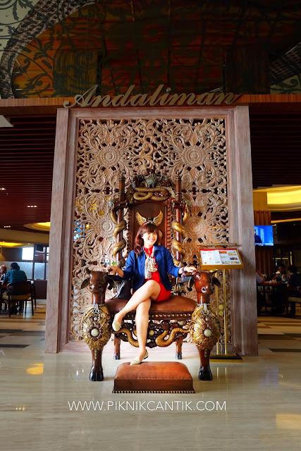 kursi mewah di BWP Premier Panbil Hotel