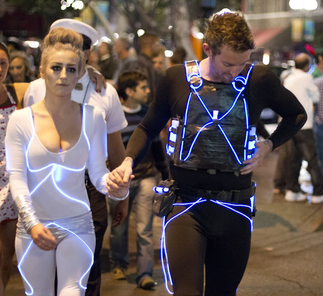 Scary Halloween 2016 Costumes Idea For Husband Wife and Couples-
