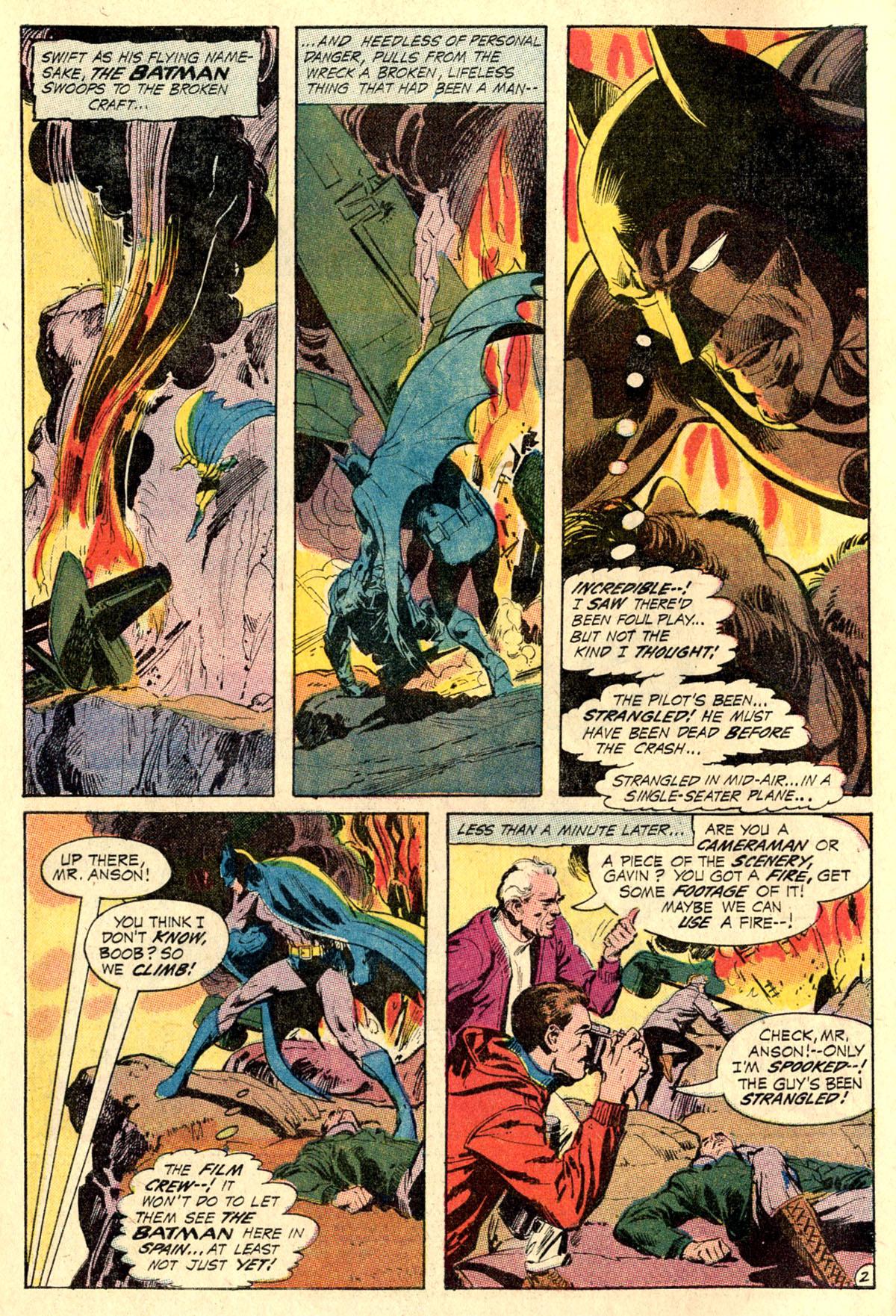 Detective Comics (1937) 404 Page 3