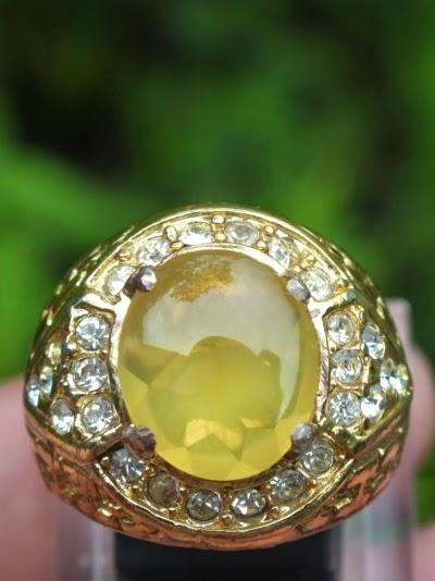batu fire opal