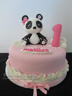 Bolo de aniversário com uma Panda
