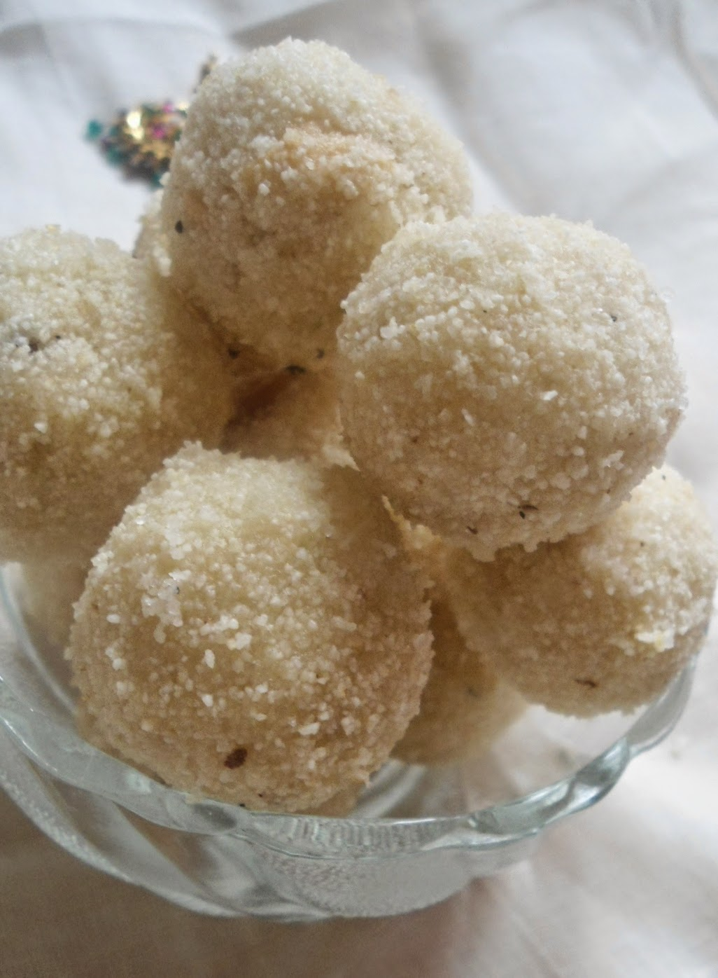 Simple and quick sweet - RAVA LADOO  |  Festive Sweets