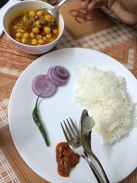 छोले-चावल और संधि विच्छेद  - एक कहानी (Chole Chawal Aur Sandhi Vichhed - A Short Story)