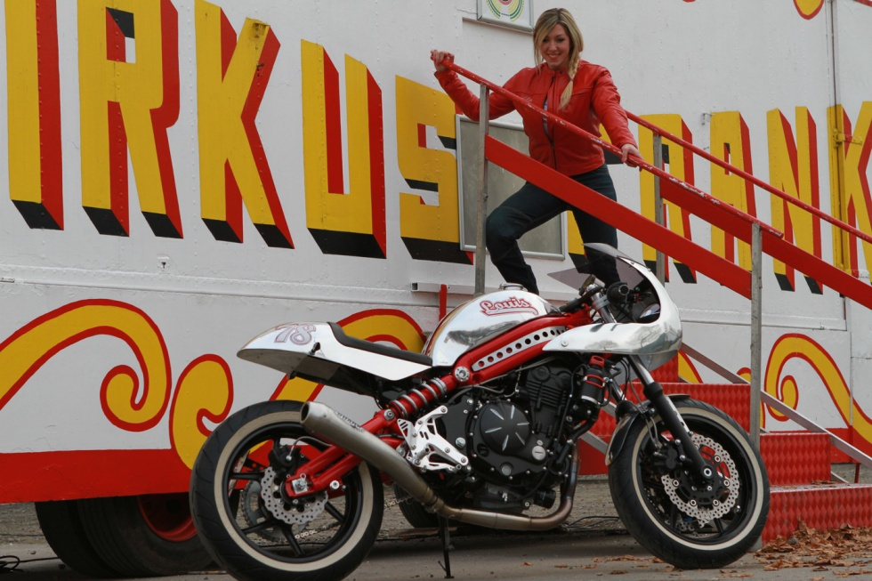 The Kawasaki ER 6 Is A Hugely Successful Motorcycle With Around 25000 Of Them On Road In Germany Alone And Good Reason