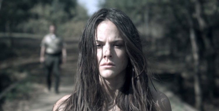Un Misterio Vigente: ¡No Pasarán!: A Vigente Vingança Feminina