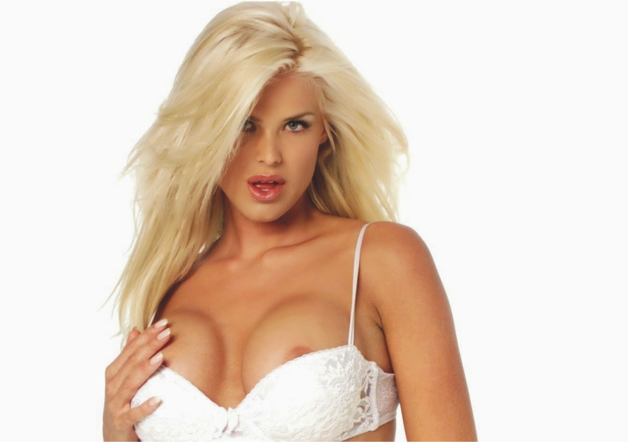 Victoria silvstedt nude show ass boobs