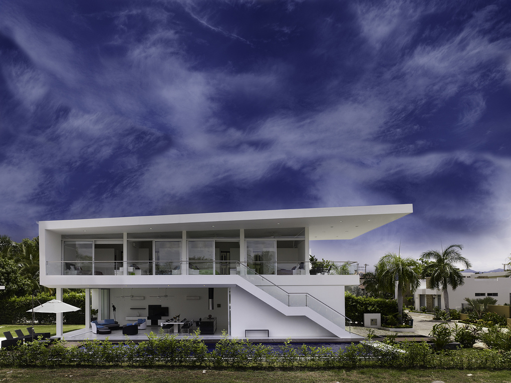 Modern Home With Sharp Lines Lifts Up The Colombian