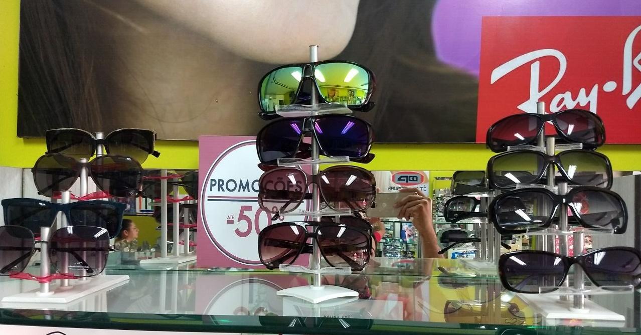 2526c213fa7f7 PROMOÇÃO  Óculos de sol com 25% à 50% de descontos na ÓTICA POTIGUAR em  Umarizal. A Ótica Potiguar em Umarizal-RN encontra-se com grandes promoções  nas mais ...