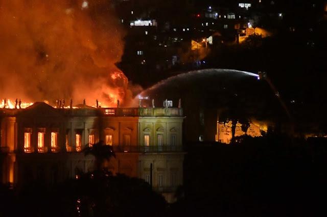 Incêndio destrói Museu Nacional do Rio de Janeiro, um dos mais importantes patrimônios do País