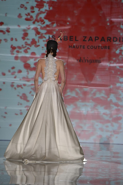 """""""Vestidos de Isabel Zapardiez"""""""
