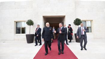 मोदी ने जॉर्डन के किंग से मुलाकात की, इंडियन कम्युनिटी ने लगाए भारत माता की जय के नारे