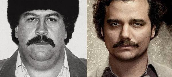 Pablo Escobar real a la izquierda, Wagner Moura caracterizado a la derecha