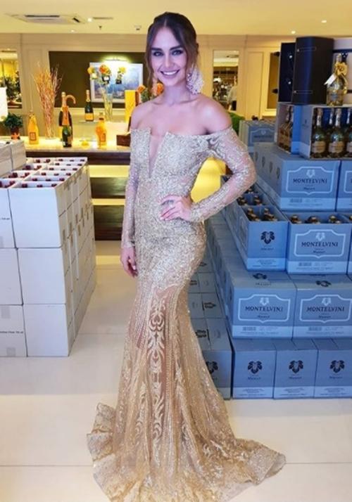 vestido de festa dourado champagne