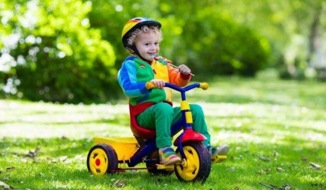 Manfaat Bermain Sepeda Roda Tiga untuk Anak