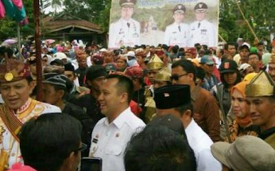 Warga Suoh Lampung Barat Antusias Sambut Gubernur Ridho Ficardo
