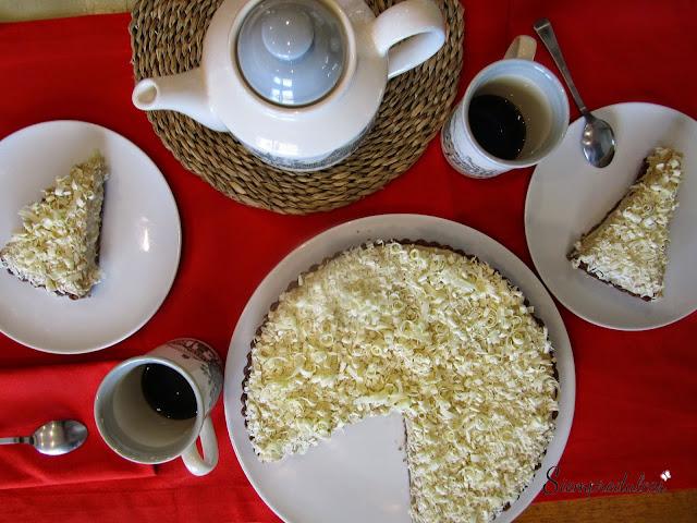 Tarta cremosa de chocolate blanco y café (Siempredulces)