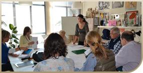 Grupo de alumnos en clase de francés