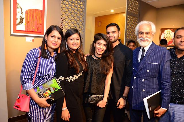 Left to Right-Ayushi Rastogi, Anushree Gupta, Tanira Sethi, Arjun Dang, Sunil Sethi(FDCI President), Artist