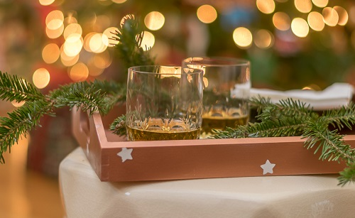 diy copper painted tray and voltives christmas