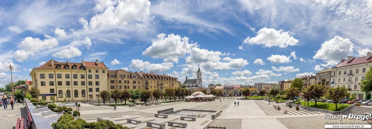 Rynek w Ostrowcu Świętokrzyskim