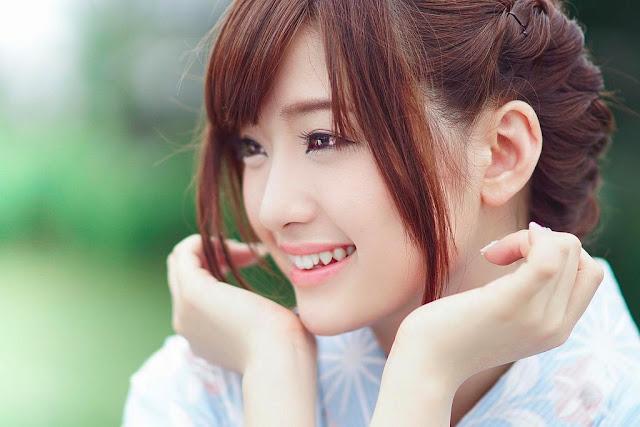 http://ghan-noy.blogspot.com/2016/03/tips-aman-menghilangkan-komedo-dan.html