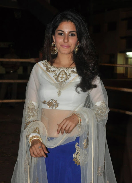 "Isha Talwar Looks Gorgeous At Telugu Film ""Raja Cheyyi Vesthe"" Audio Launch Event In Hyderabad"
