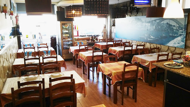 https://www.facebook.com/Restaurante-universal-268791996520848/