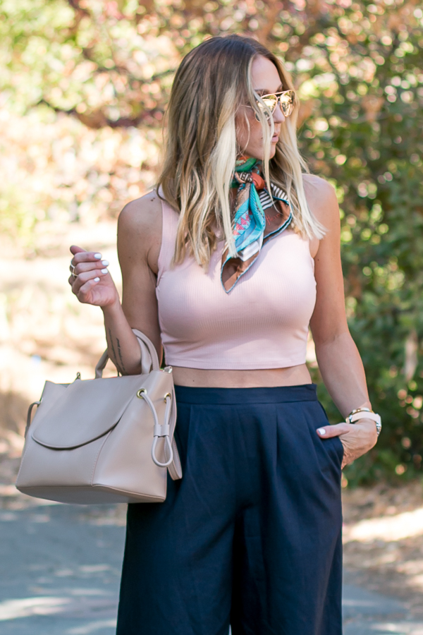 how you can wear a crop top over 30