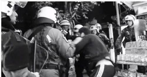 Video: ΜΑΤατζήδες κλέβουν νερά και δέρνουν τον περιπτερά