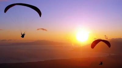 Paralayang dan Gantole Siap Besarkan Wisata Ranah Lansek Manih