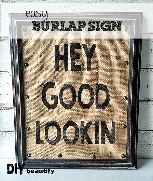 Check out this FABulous DIY burlap sign and find out how to get your own free printable version! | DIY beautify