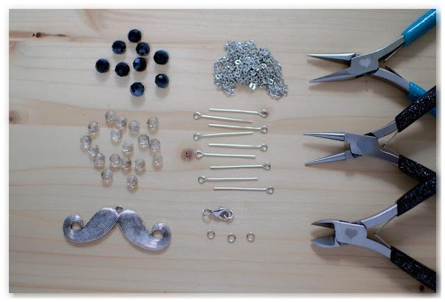 matériel nécessaire DIY sautoir moustache