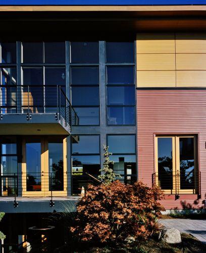 Minimalist Exterior Home Design Ideas: House Designs: Modern And Minimalist Design House Exterior