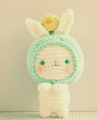 http://translate.googleusercontent.com/translate_c?depth=1&hl=es&prev=/search%3Fq%3Dhttp://amigurumei.com/2014/04/21/little-my-from-the-moomins-free-amigurumi-pattern/%26safe%3Doff%26biw%3D1429%26bih%3D995&rurl=translate.google.es&sl=en&u=http://amigurumei.com/2013/03/24/free-easter-amigurumi-pattern-haru-chan-and-baby-chioux/&usg=ALkJrhhNj48PViwWz6CH8HCQyv9-jpkFYg