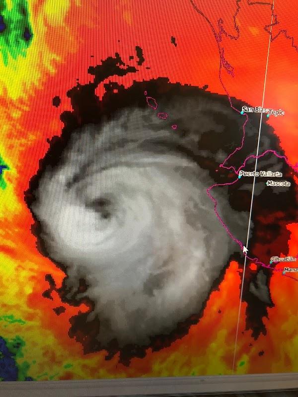 Declaran estado de emergencia en Nayarit y Sinaloa por Willa.