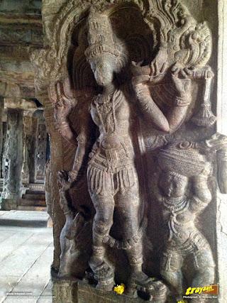 Granite sculptures adorning the columns of Lepakshi temple