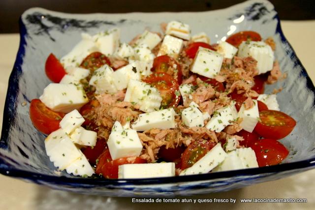 ensalada-atun-tomate-queso