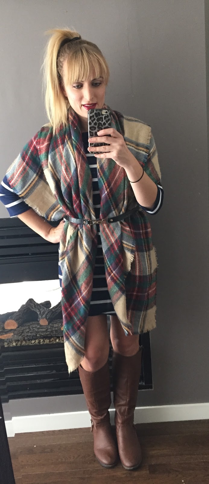 how-to-wear-a-blanket-scarf-with-a-dress